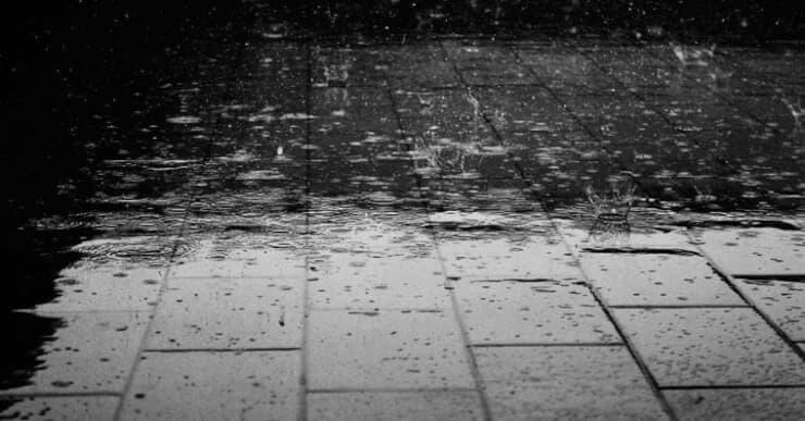 suelo con lluvia