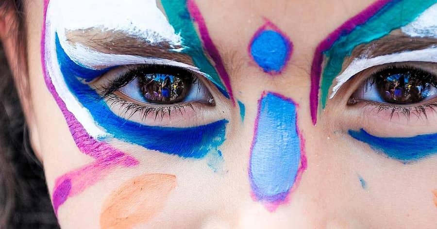 maquillaje para festival de navidad verano